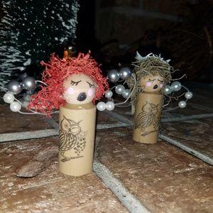 Wine cork Caroling angels set of 3.